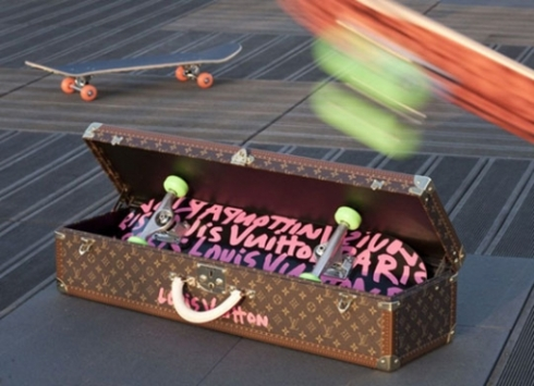 louis-vuitton-stephen-sprouse-graffiti-skateboard-1