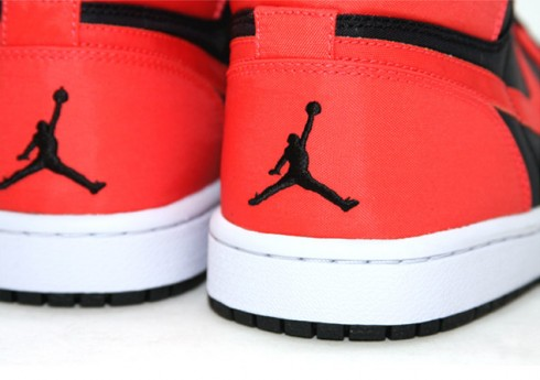 air-jordan-i-retro-high-max-orange-2