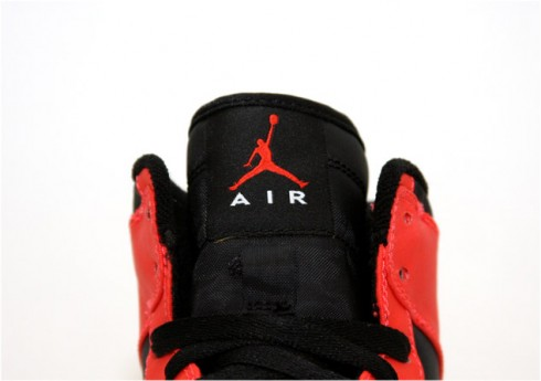 air-jordan-i-retro-high-max-orange-3