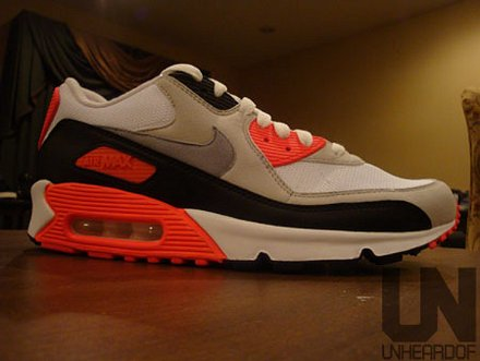 The legendary Infrared Nike Air Max 90 is set to release once again in  2010. From the looks of the sample pic fef9e21fb