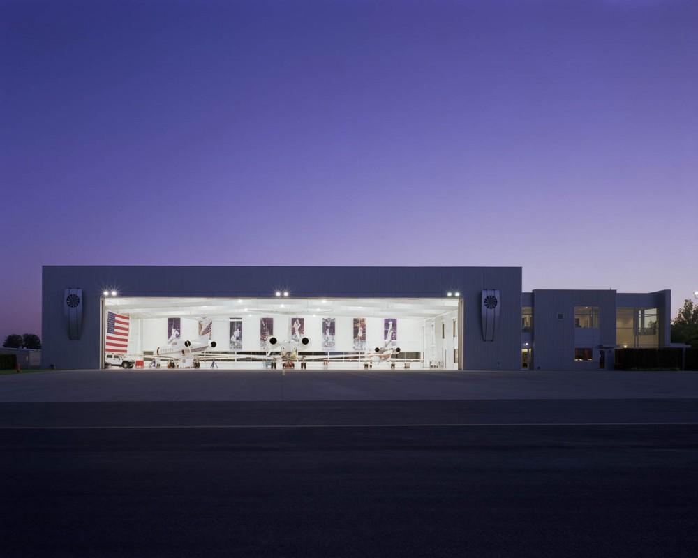 The nike airplane hangar for Architecture hangar