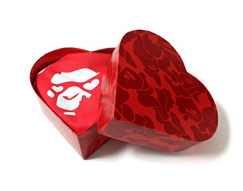 a-bathing-ape-bape-valentines-day-2013-tshirt-00